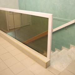 Ограждение из каленого стекла (цвет бронза)